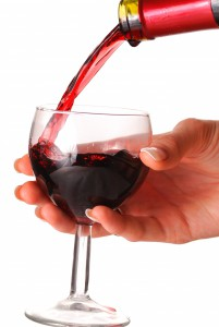27254-pouring-wine